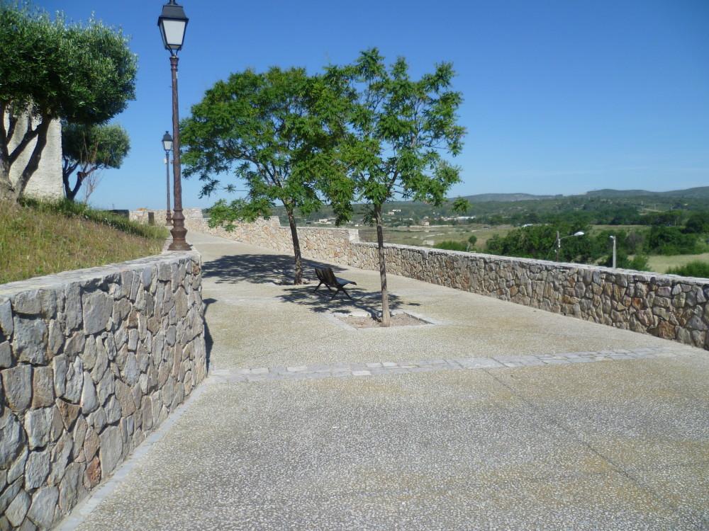 A9 Exit 33 Doggiestop in Balaruc-le-Vieux, France - Image 6