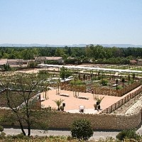 A7 Exit 24 doggiestop in the Roman gardens, France - Image 3