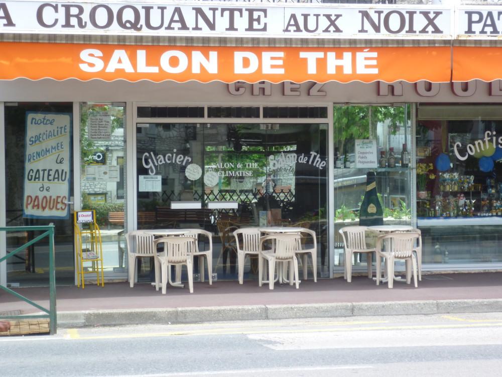 A20 exit 55 doggiestop near Souillac, France - Image 6