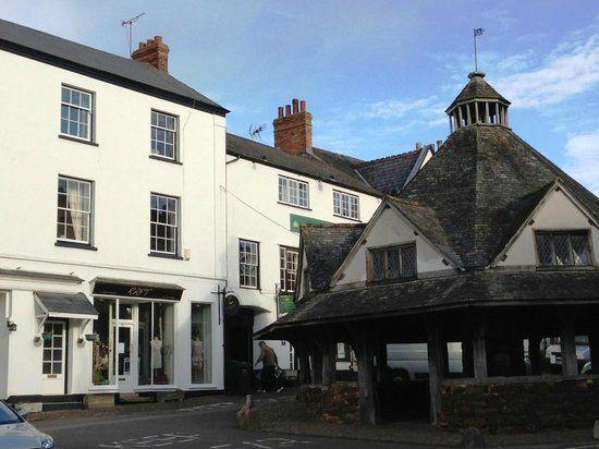 A396 dog-friendly hotel with B&B and walks near Minehead, Somerset - Somerset dog-friendly pub and dog walk
