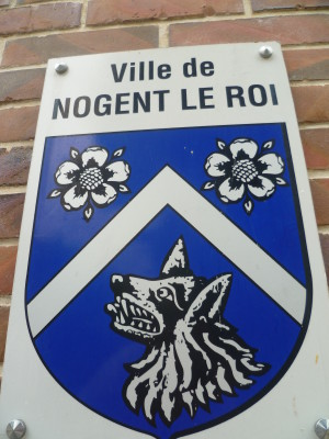 Nogent-le-Roi dog walk and driving break, France - Driving with Dogs