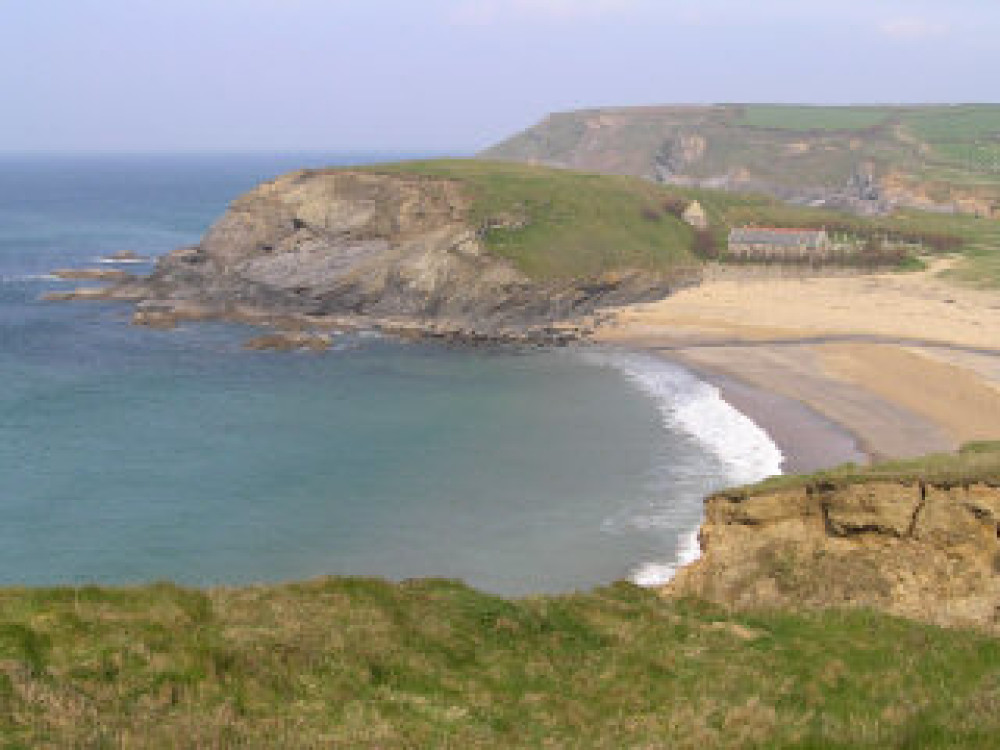 Dollar Cove dog-friendly beach, Cornwall - Dog walks in Cornwall