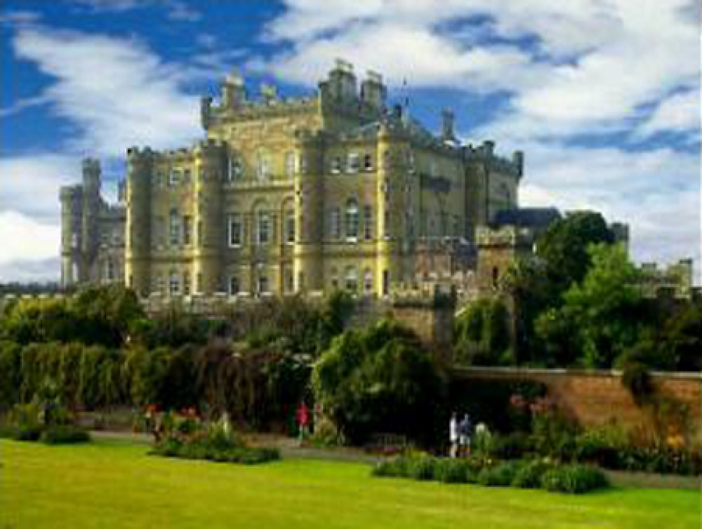 Culzean Castle dog walk, Scotland - Dog walks in Scotland