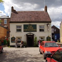 M5 Junction 13 dog-walk and village pub, Gloucestershire - Dog walks in Gloucestershire
