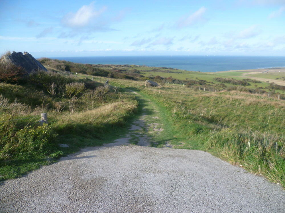 A16 Junction 40 Cap Blanc Nez dog walk near Calais, France - Image 2