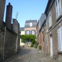 St Valery-sur-Somme dog walk, France - Image 3