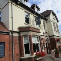 A6 dog-friendly pub with dog field, Leicestershire - Dog-friendly pub and dog walk in Leicestershire