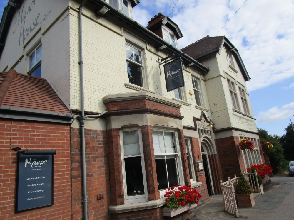 A6 dog-friendly pub with dog field, Leicestershire - Dog-friendly pub and dog walk in Leicestershire