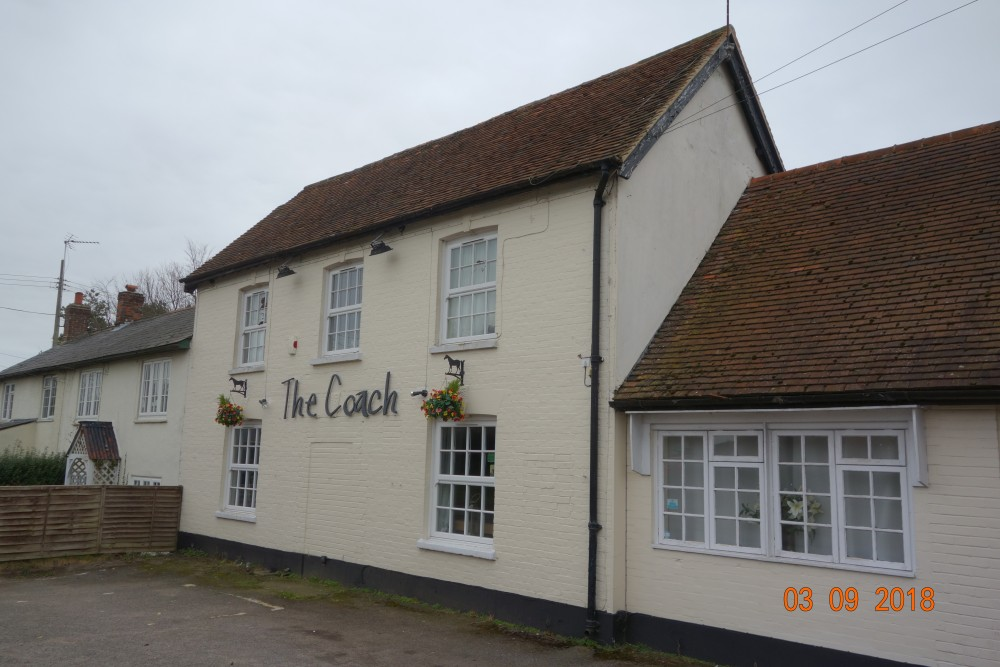 Beedon dog-friendly pub and dog walk, Berkshire - Berkshire dog friendly pub and dog walk3