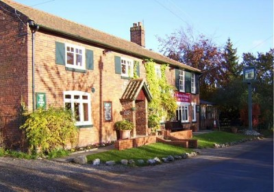 Great Cressingham dog-friendly pub and dog walks, Norfolk - Driving with Dogs