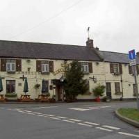 Middleton dog-friendly pub and dog walk, Derbyshire - Dog walks in Derbyshire