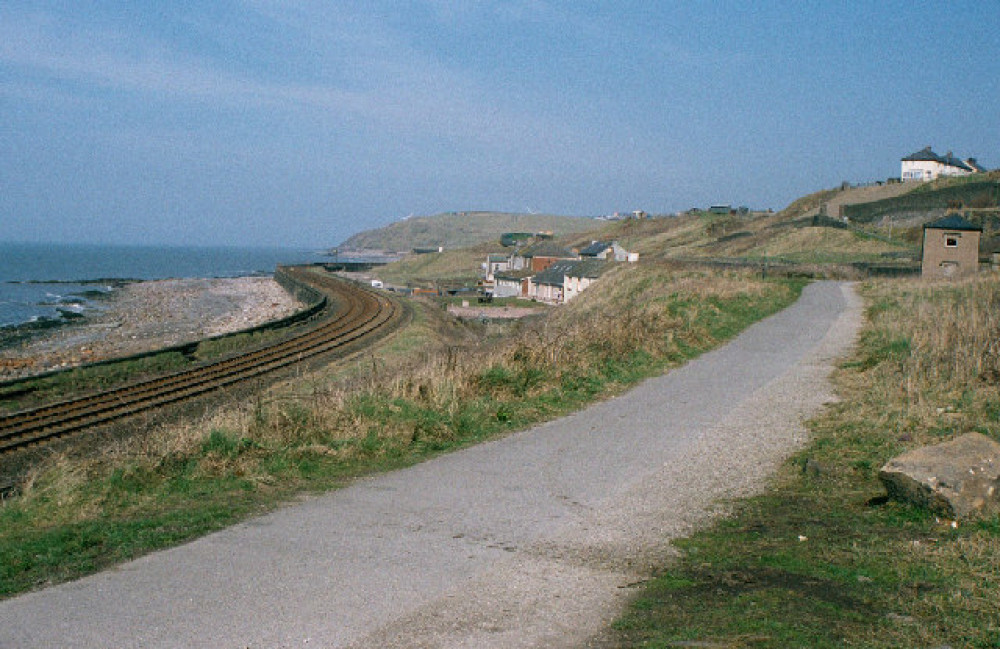 Parton dog-friendly beach, Cumbria - Dog walks in Cumbria