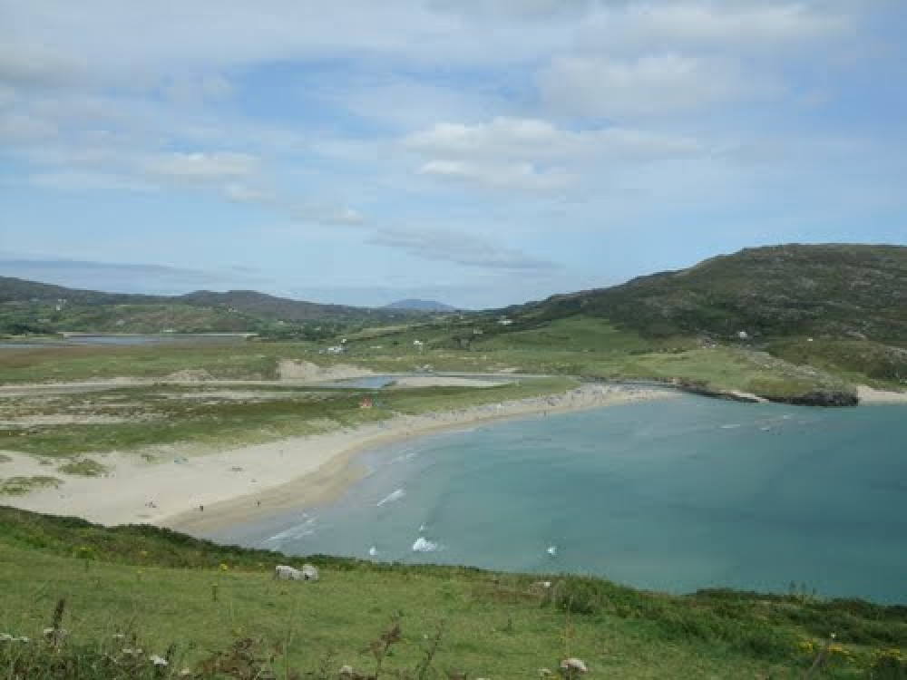 Dog-friendly beach near Crookhaven, RoI - Dog walks in Ireland