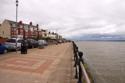 West Kirby dog-friendly beach, Wirral - Driving with Dogs
