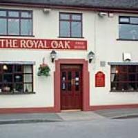 Royal Oak dog-friendly pub and walkies, Staffordshire - Dog walks in Staffordshire