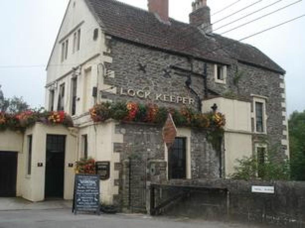 Keynsham dog-friendly pub and dog walk, Somerset - Dog walks in Somerset