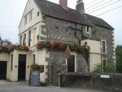 Keynsham dog-friendly pub and dog walk, Somerset - Driving with Dogs