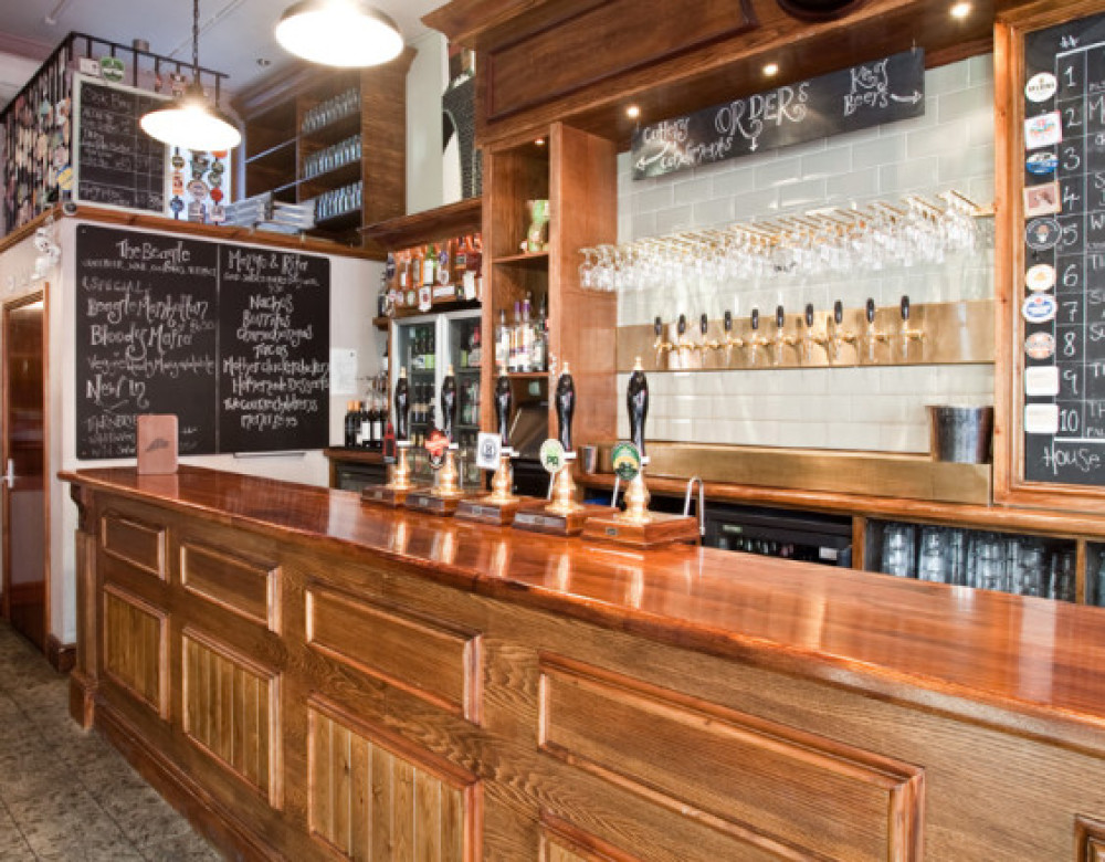 The Beagle dog-friendly pub in Chorlton, Greater Manchester - Dog walks in Greater Manchester