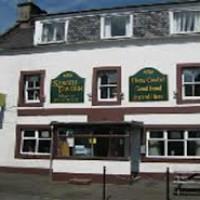 A91 dog-friendly pub and dog walk in Strathmiglo, Scotland - Dog walks in Scotland