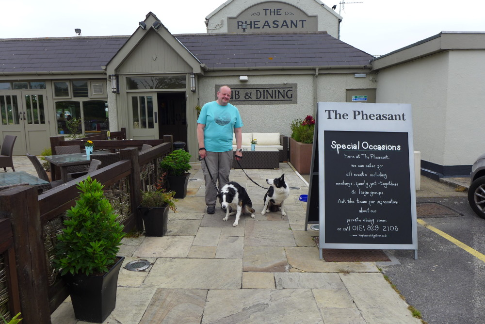 Formby dog-friendly pub and beaches, Merseyside - Dog walks in Merseyside