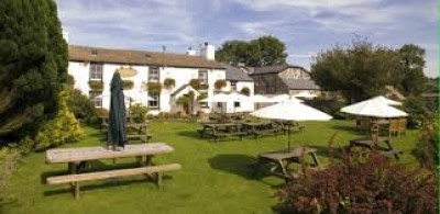 A386 Dog-friendly pub and dog walk on Dartmoor, Devon - Driving with Dogs