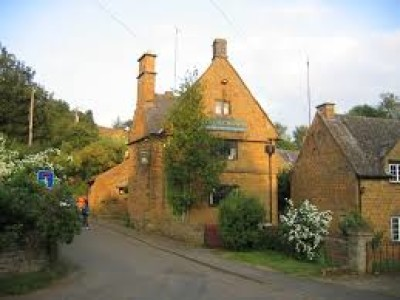 A422 dog-friendly pub and dog walk, Warwickshire - Driving with Dogs