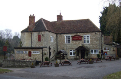 A429 Lighthorne dog-friendly pub, Warwickshire - Driving with Dogs