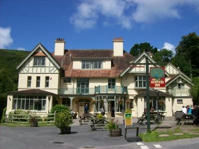 Heddon Valley dog-friendly pub and dog walks, Devon - Driving with Dogs