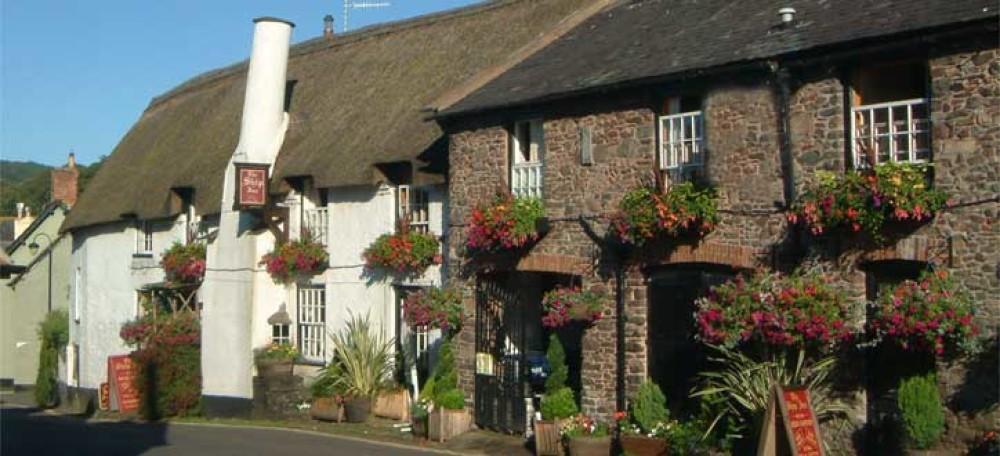 Porlock dog-friendly pub, Somerset - Dog walks in Somerset