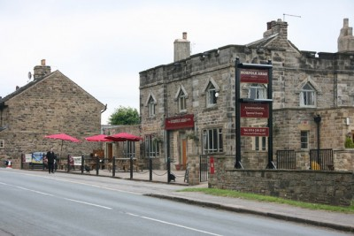 Ringinglow dog-friendly pub near Sheffield, Yorkshire - Driving with Dogs