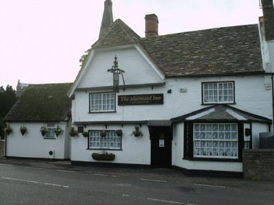 Ellington dog-friendly pub and dog walk, Cambridgeshire - Driving with Dogs