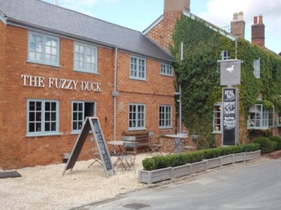 A429 dog-friendly pub, Warwickshire - Driving with Dogs