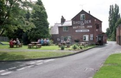 A45 near Southam dog friendly pub and dog walk, Warwickshire - Driving with Dogs