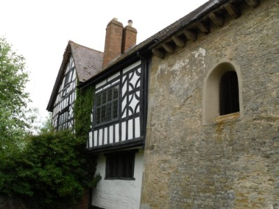 A38 dog walk and historic site, Gloucestershire - Driving with Dogs