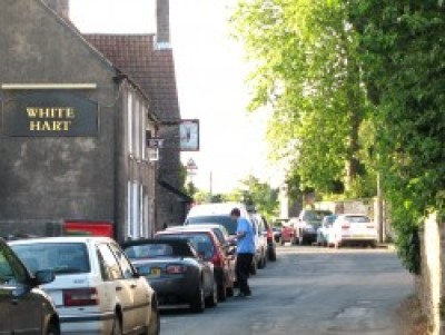 Dog-friendly pub and dog walk in Olveston, Gloucestershire - Driving with Dogs