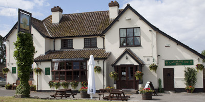 A38 dog-friendly pub and dog walk, Berkeley, Gloucestershire - Driving with Dogs