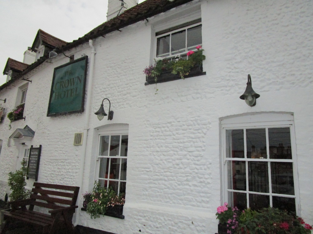 Mundford dog-friendly pub and dog walk, Norfolk - Dog walks in Norfolk