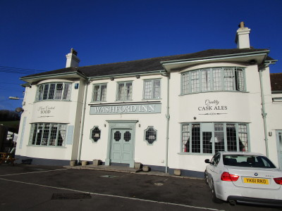 Washford dog-friendly pub off the A39, Somerset - Driving with Dogs