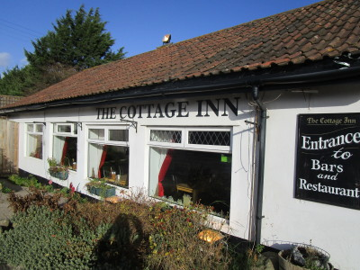 Dog-friendly pub off the A39 near Keenthorne, Somerset - Driving with Dogs
