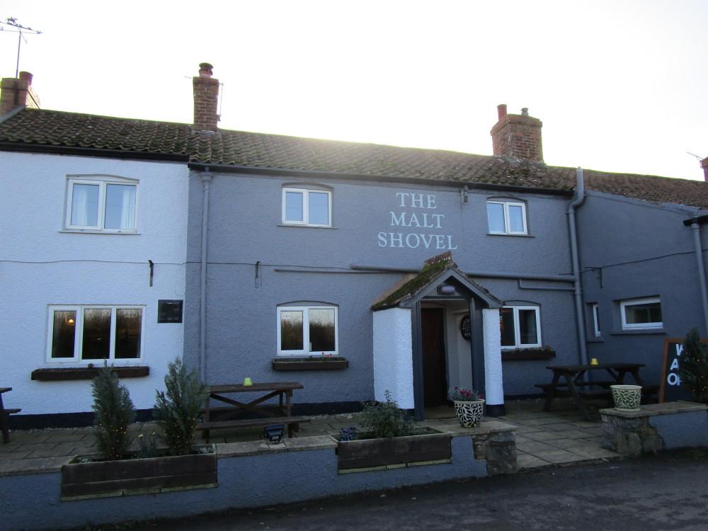 Malt Shovel dog-friendly pub off the A39, Somerset - Dog walks in Somerset