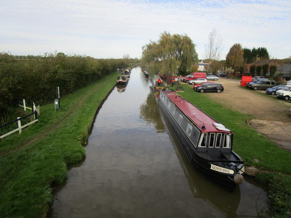 M40 Junction 10 dog walk with dog-friendly pub, Oxfordshire - Dog walks in Oxfordshire