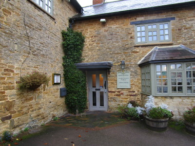 Dog-friendly pub and dog walk near Banbury, Northamptonshire - Driving with Dogs