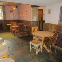 Farthinghoe dog-friendly pub and dog walk, Northamptonshire - Dog walks in Northamptonshire