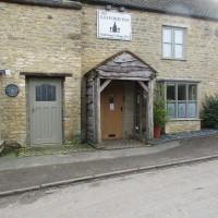 A44 dog-friendly pub and dog walk, Oxfordshire - Dog walks in Oxfordshire