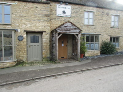 A44 dog-friendly pub and dog walk, Oxfordshire - Driving with Dogs