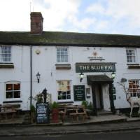 A5 north of Coventry dog-friendly pub and dog walk, Warwickshire - Dog walks in Warwickshire