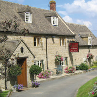 Cotswold dog-friendly pub and dog walk, Gloucestershire - Dog walks in Gloucestershire