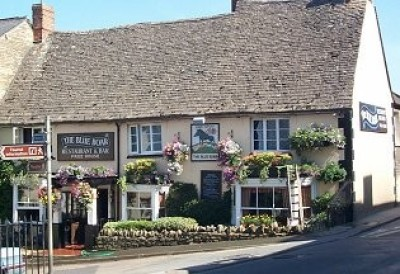 Chipping Norton dog-friendly pub and walk, Oxfordshire - Driving with Dogs