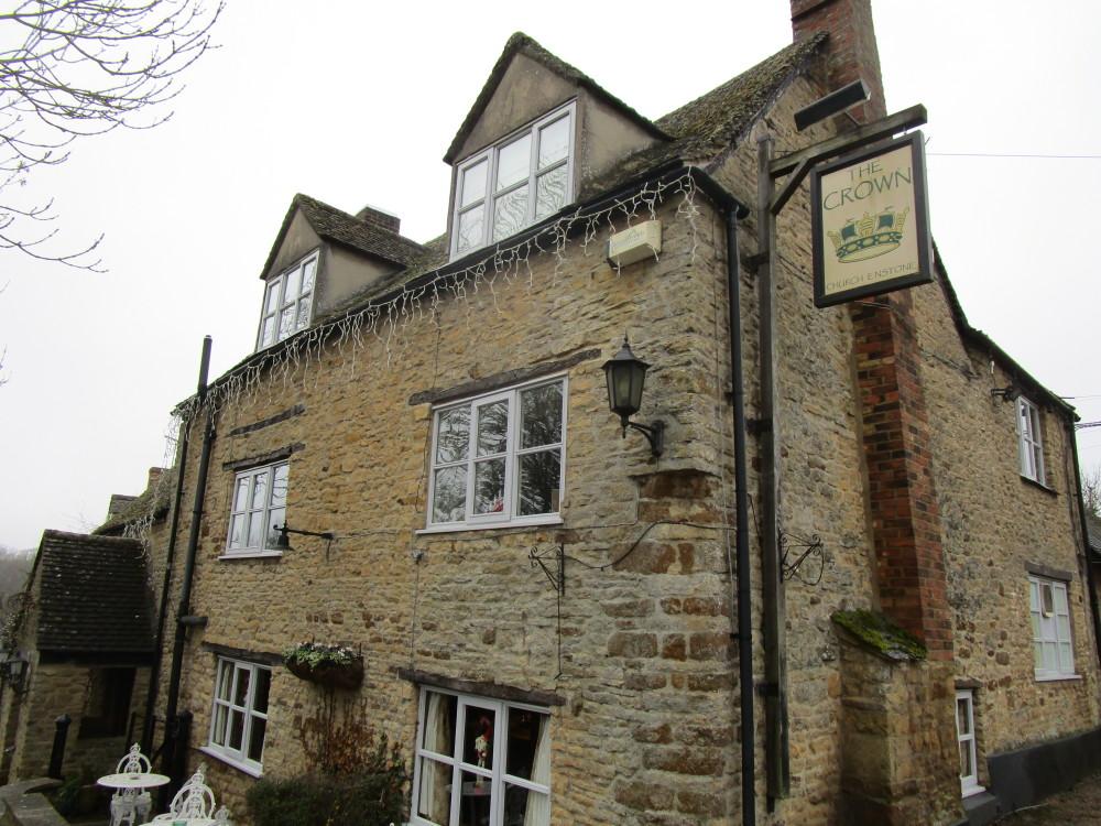 A44 dog-friendly pub with dog walk near Chipping Norton, Oxfordshire - Dog walks in Oxfordshire