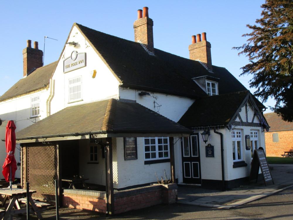 A5 dog-friendly pub, Warwickshire - Dog walks in Warwickshire